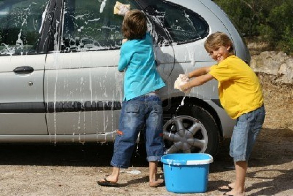 How To Do  Bucket Car Wash