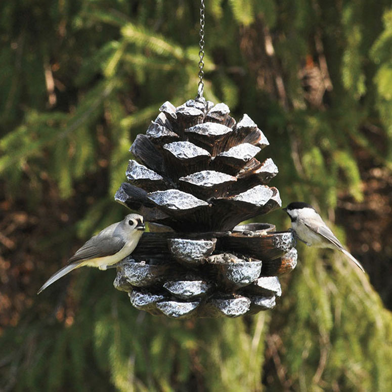Recycling tips 17 things you can do with plastic bottles for Plastic bird feeders